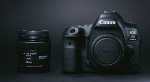 故障したカメラを修理してネットで売る
